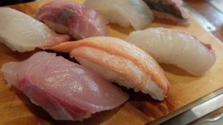 三七十鮨で地魚にぎりと海鮮丼@兵庫県香美町・創業昭和39年